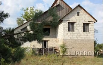 Продам коробку 2-этажного дома с баней в Барановичском районе д. Ястрембель