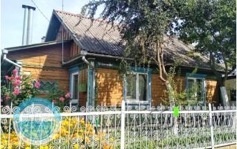 Продам 4-комнатную квартиру в Барановичах в частном секторе