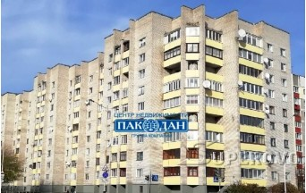 Продам 3-комнатную квартиру в Барановичах в Южном м-не