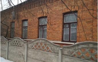 продам 2-комнатную квартиру в Барановичах  в частном доме